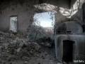 In un altro edificio fa ancora bella mostra, un piccolo bunker
