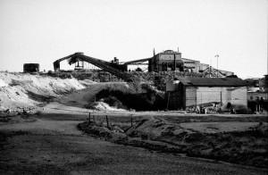 La fabbrica vista dalla zona di scavo